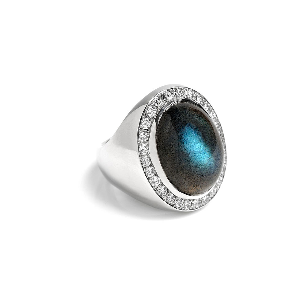 18ct White gold Diamond Moonstone Ring
