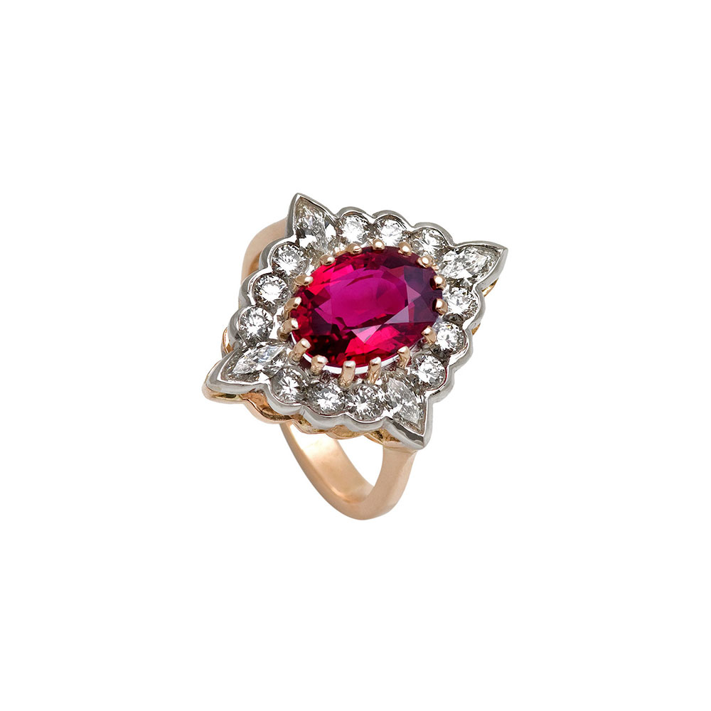 18ct Gold Diamond Ruby Cluster Ring